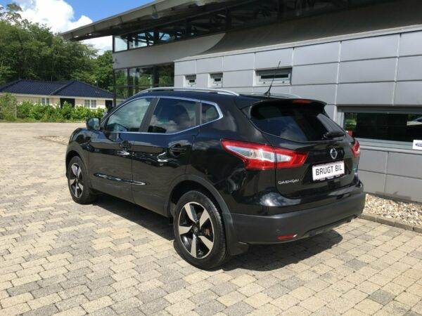 Nissan Qashqai 1,5 dCi 110 N-Tec - billede 2