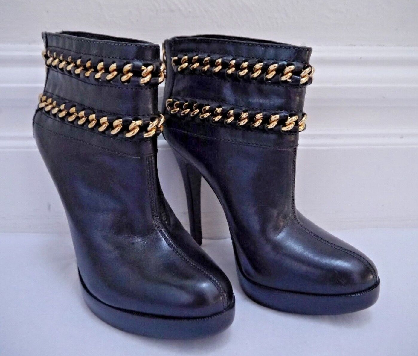 TORY BURCH  450 Lysa black leather gold chain boots booties size 7 WORN ONCE