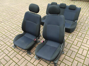 Suzuki Ignis 2 X45 06 4x4 Sitze Fahrersitz Beifahrersitz Rückbank Innenausstattu