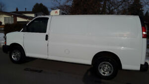 Refrigerated 2005 Chev express 2500