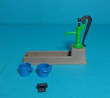 Playmobil granja ~ Farm water plasmática mínima with pump (7351) [Western, Reiterhof, Knights]