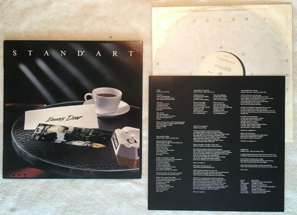 LP, Stand'art, Dennis Dear