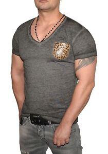 T-Shirt-in-Anthrazit-Young-amp-Rich-V-Ausschnitt-Grau-mit-Leopard-muster-Tasche