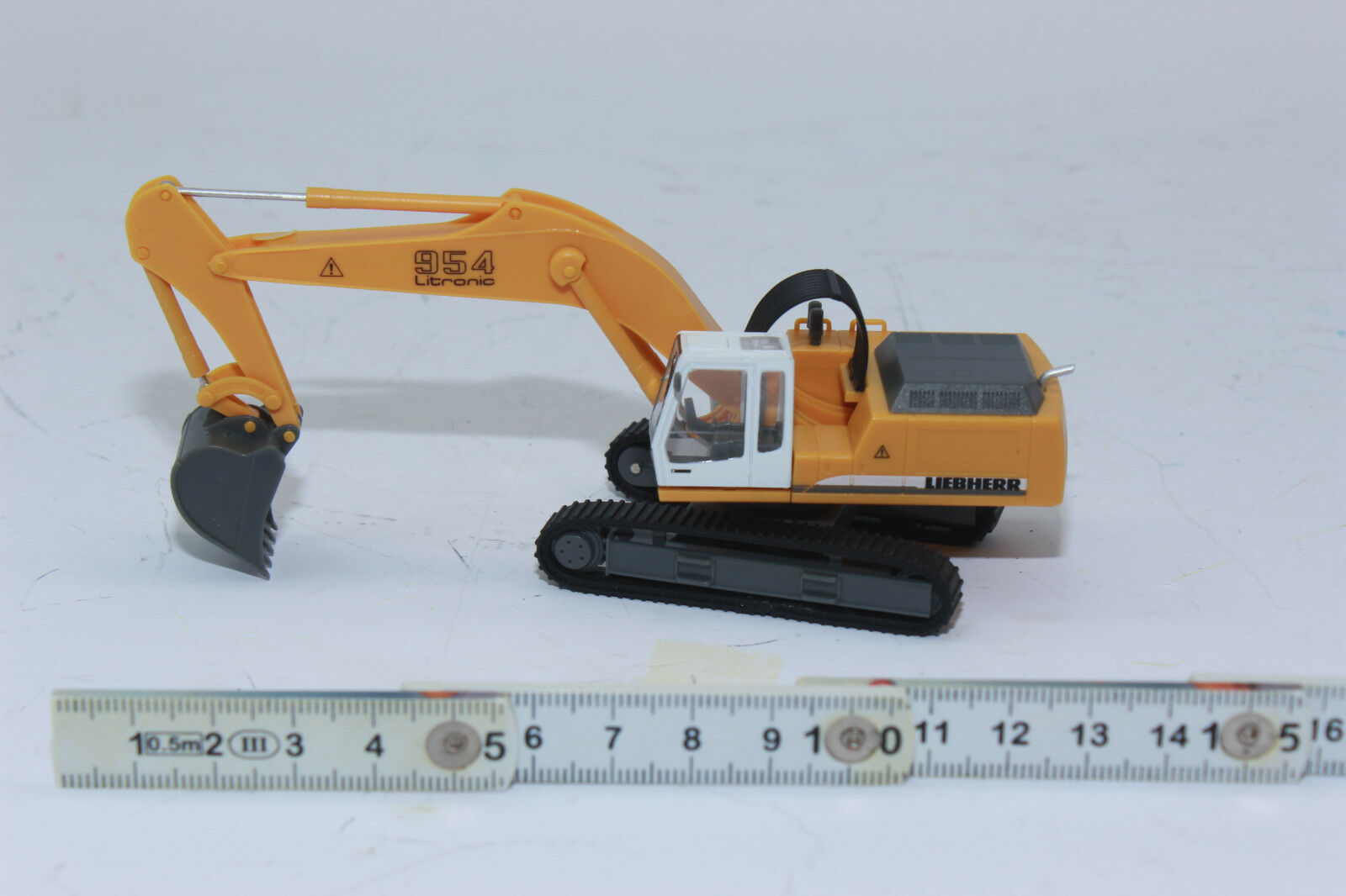 Collection Plastic-Scale 1:87 Excavator Litronic Longfront with Demolition Clamps Truck Miniature Models herpa 152006-001 Raupenbagger mit Abbruchzange Liebherr Crawler 954 Multicoloured