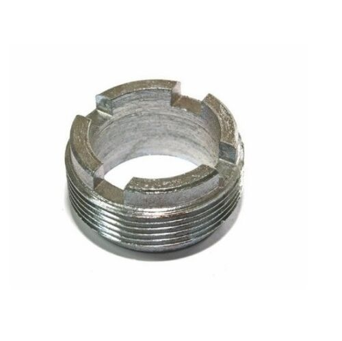 MTS Belarus Düsenstock Motor Mutter Verschraubung Überwurfmutter 240-1003118