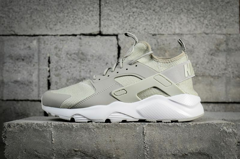NIKE AIR HUARACHE RUN ULTRA BR MEN NEW WITH BOX