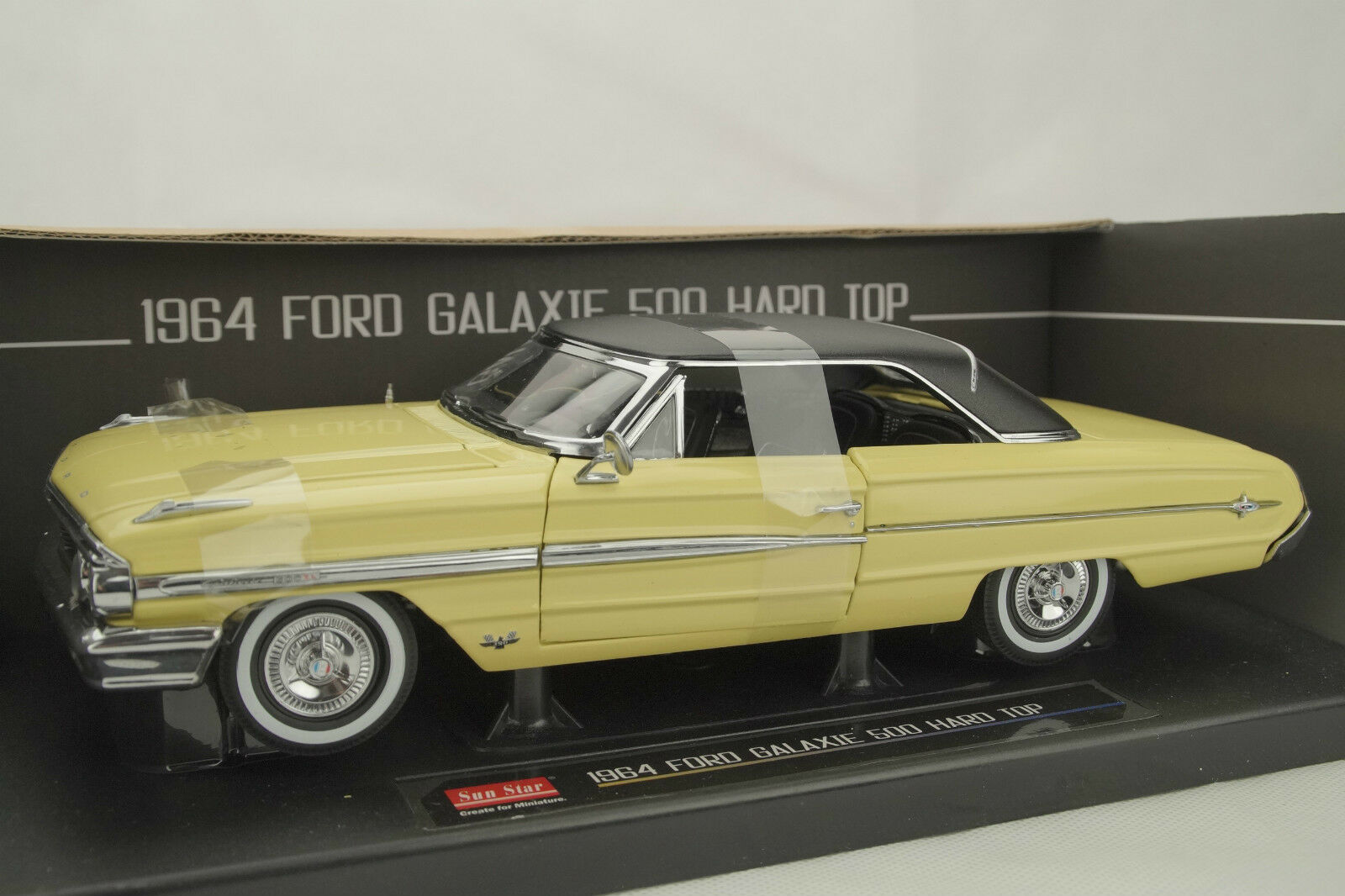 1 18 Sun Star - 1964 FORD Galaxie 500 500 500 Hard Top  - American Collectibles -OVP 9195b9