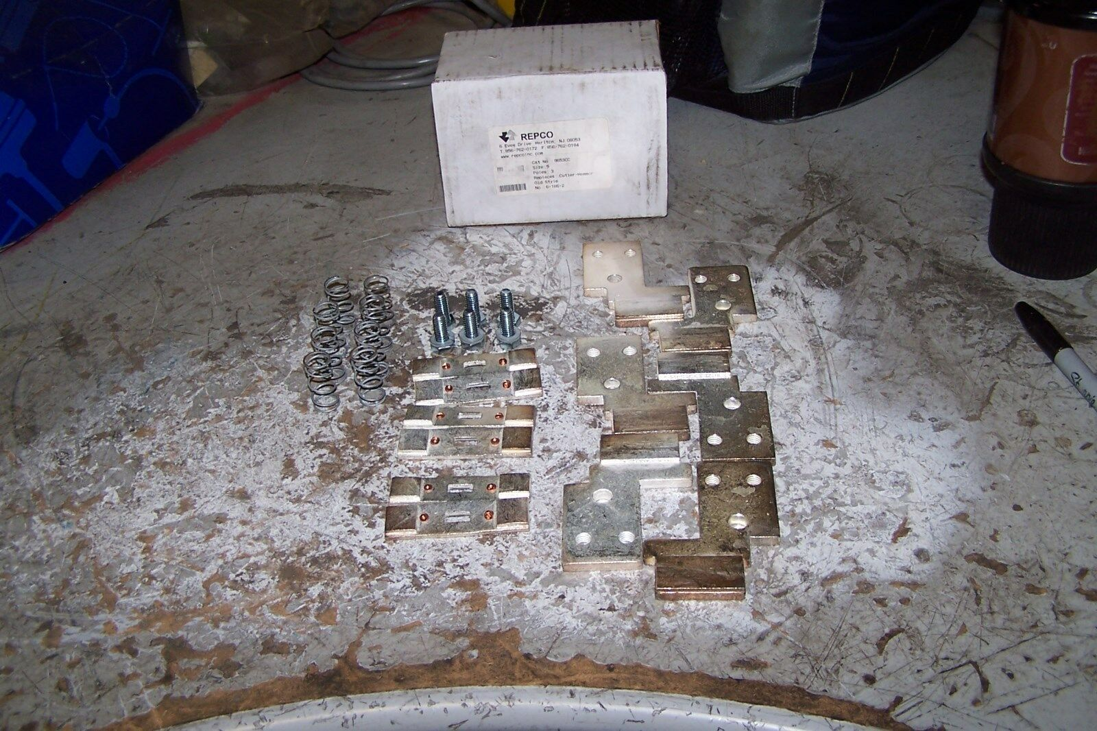 Super New Repco Cutler Hammer 6 186 2 Size Kit 3 Pole 5 Contact Pwqlns3356 Wiring Database Brom4X4Andersnl