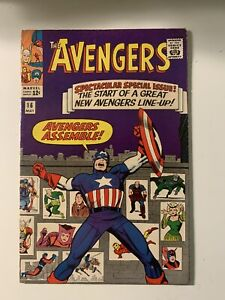 The-Avengers-16-High-Grade-Iconic-cover-Hawkeye-joins