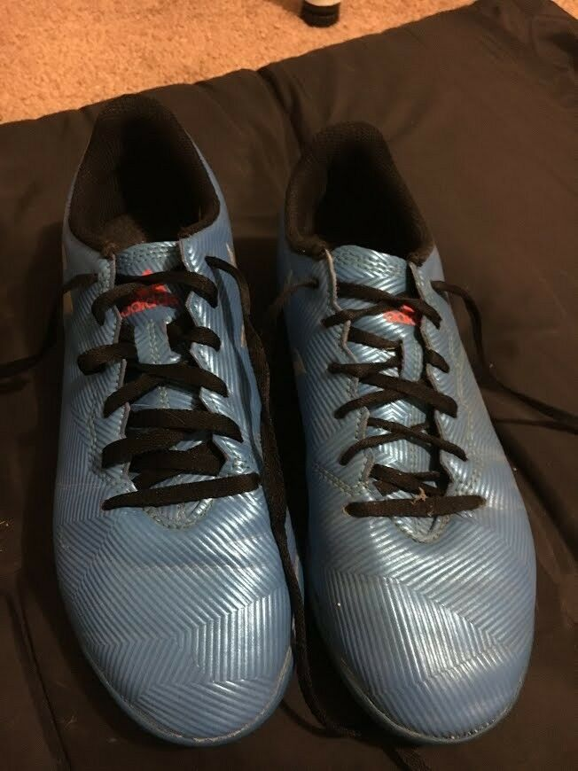 adidas- Messi indoor soccer shoes- size 5. In great condition Seasonal price cuts, discount benefits