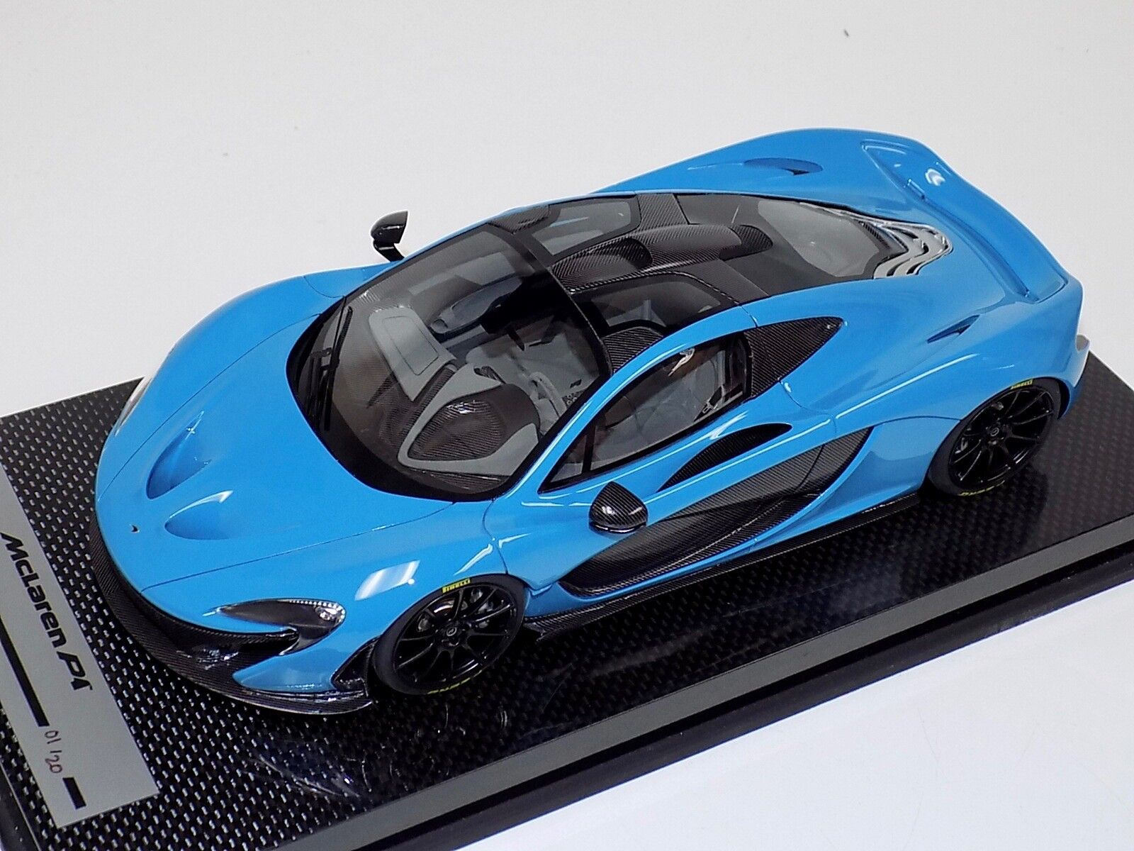 1 18 TecnoModelll McLaren P1 in Baby Blau with schwarz Wheels