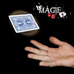 Lévitation de carte - carte boomerang - tour de magie