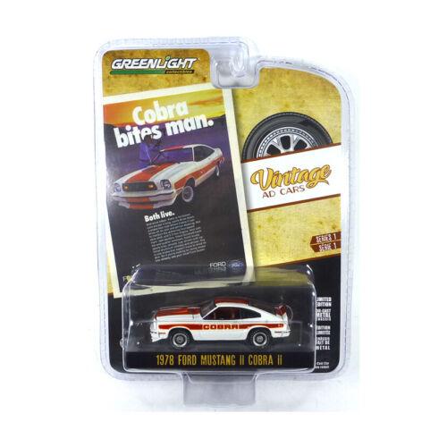 Greenlight 39020-F Ford Mustang II Cobra II weiss//rot-Vintage AD Cars 1:64 NEU!°