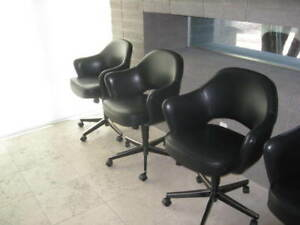 Remarkable Details About Knoll Saarinen Executive Swivel Arm Chairs Blk Saddle Leather Pristine Auction 2 Caraccident5 Cool Chair Designs And Ideas Caraccident5Info