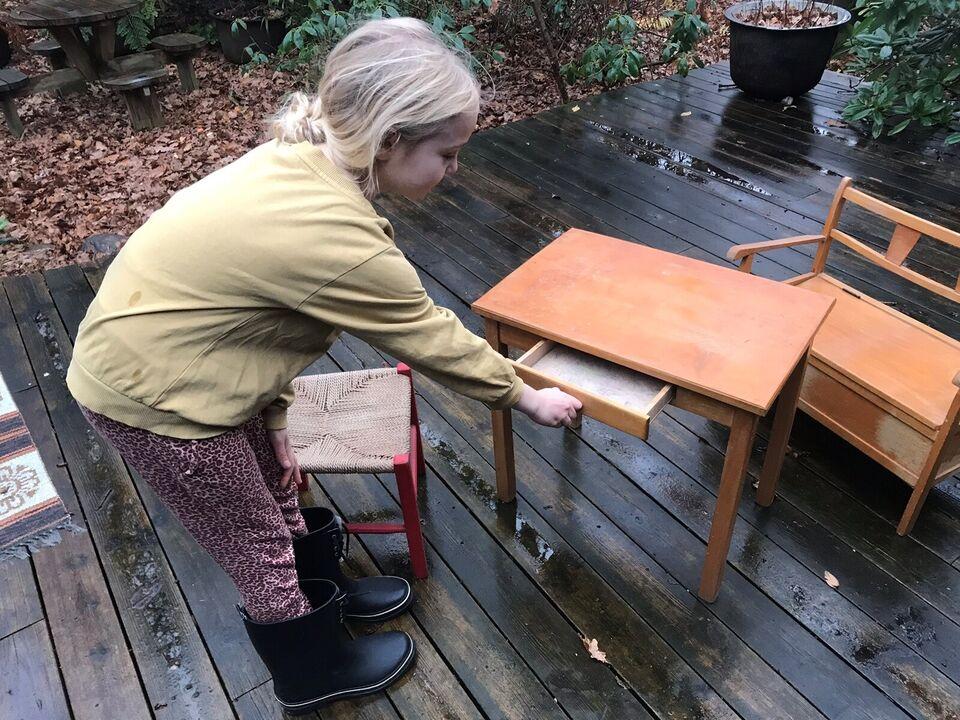 DBA BEDSTE fra 1952 Danske børnemøbler  - må ses