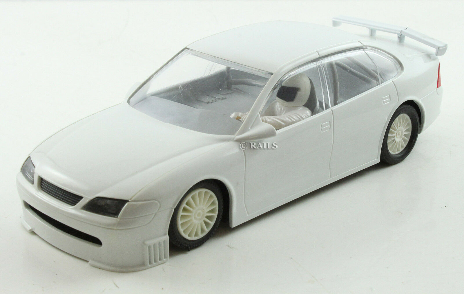 RARE SCALEXTRIC NON PRODUCTION WHITE PLASTIC OPEL VECTRA DISPLAY MODEL