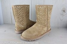UGG CLASSIC SHORT FLORA PERF CHESTNUT SUEDE METALLIC GOLD WOMENS BOOTS  US 8 NIB