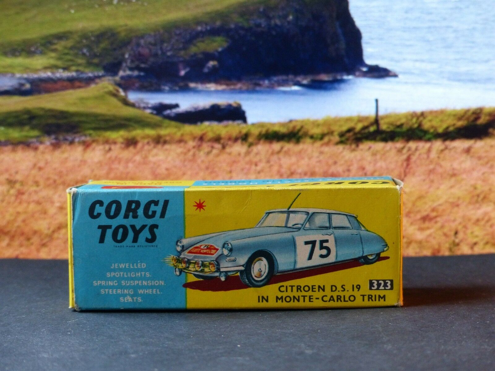 Corgi Toys 323 Citroen DS19 Excelente Con Caja Original