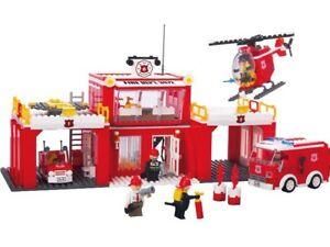 Nouvelle caserne de pompiers Playtive 821 pièces, âge 5-12.   4032611238479