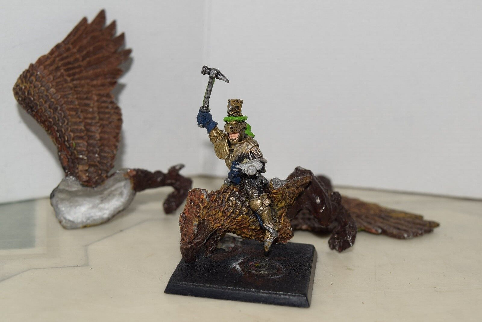 Warhammer Empire Imperial General on Griffon (OOP, Citadel 1989)