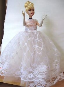 Barbie-doll-Blonde-Hair-straight-Legs-bending-arms-White-lace-top-amp-skirt