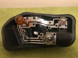 platine-feu-arriere-droit-megane-2-phase-2-avec-les-ampoules-cote-passager