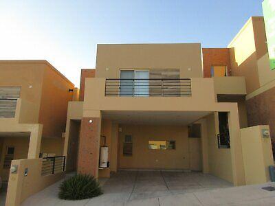 Casa Venta area comun con alberca vigilancia en privada al norte de Hermosillo