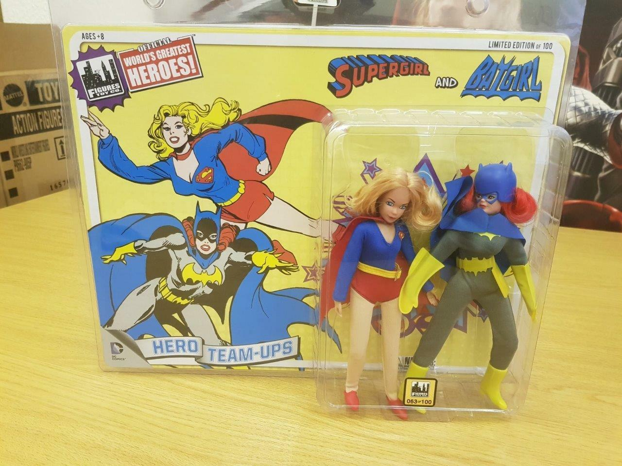 DC Comics 8 pulgadas súperhéroe dos paquetes Batgirl & súpergirl Edición Limitada Mego