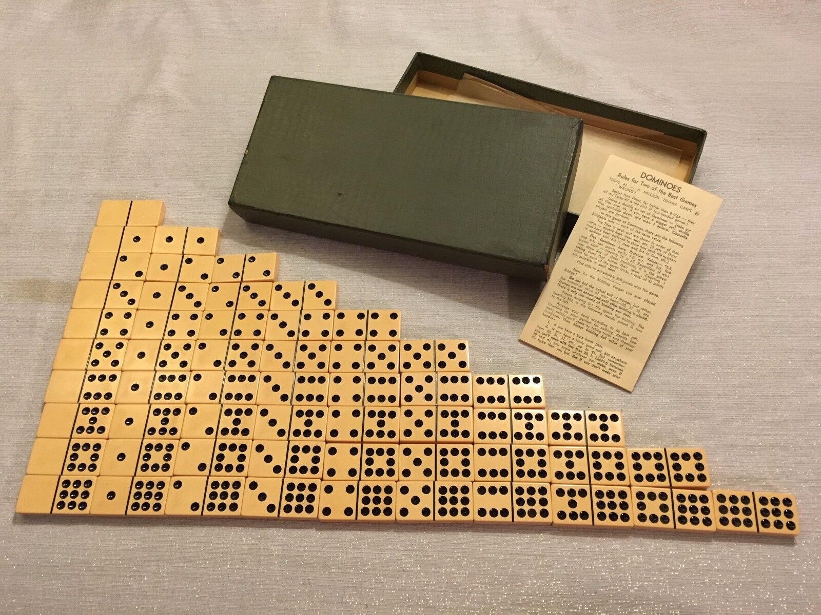 C1930s AP Games Double Nine Dominoes Butterscotch Farbeed 55 Tiles Made in USA