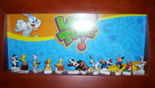 LOONEY TUNES 12 FEVES TITI GROS MINET BUGS BUNNY DUFFY DUCK TAZ PORKY SPEEDY SAM
