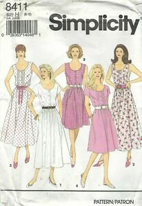 Simplicity-8411-Misses-039-Miss-Petite-Dress-Compare-11-99-Sewing-Pattern