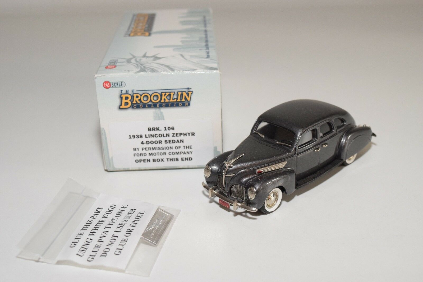 BROKLIN BRK 106 1938 LINKOLN ZEFYR 4 -DÖRR SEDAN METALLISK STORA MINT
