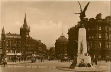 LEEDS (Yorkshire) : War Memorial and City Square RP-W R & S