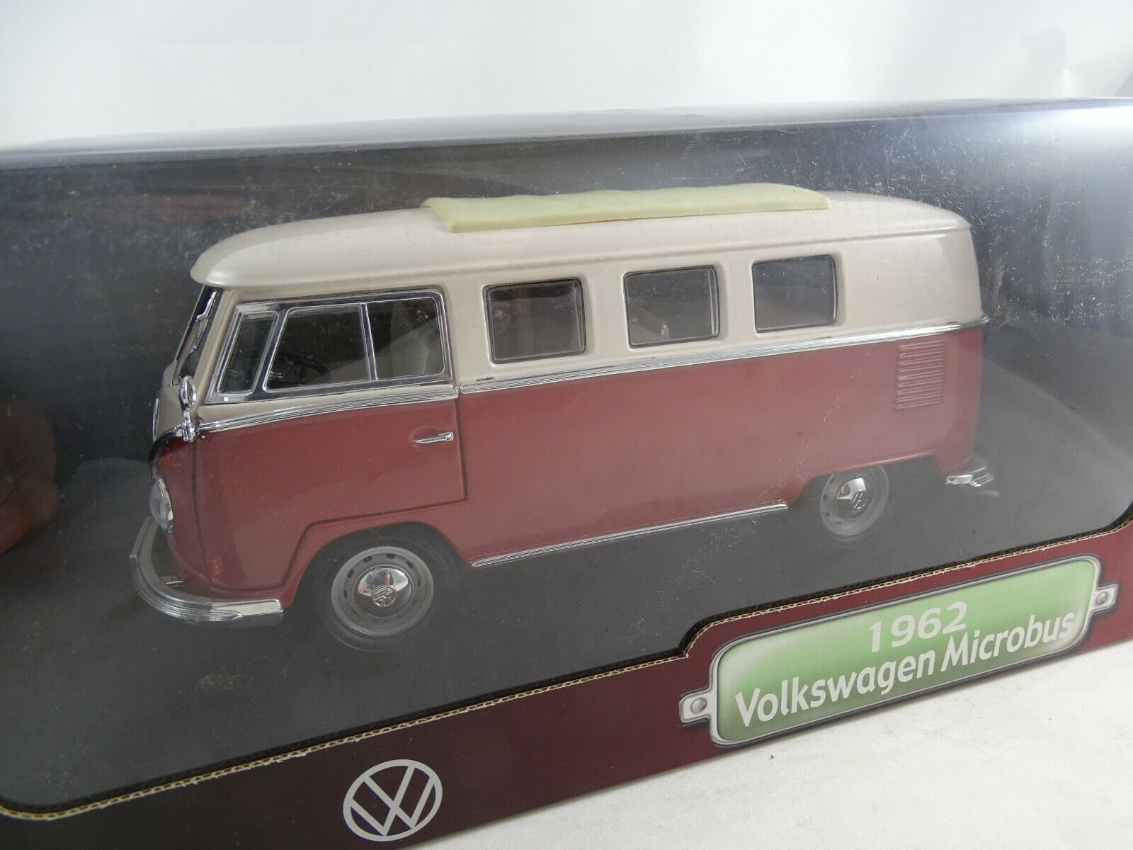 1 18 Road Signature  92328 1962 Volkswagen Microbus RARE §