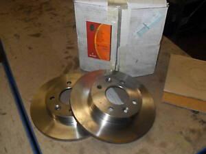 RENAULT MADE FRONT BRAKE DISCS 8671000083 CLIO