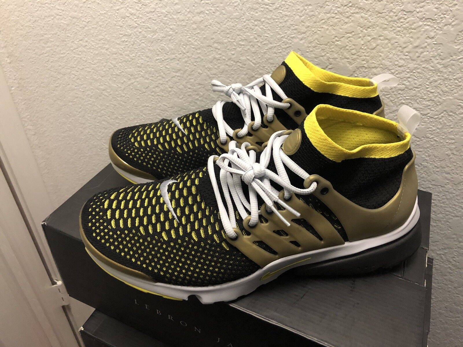 Nike Air Presto Flyknit Ultra Black Yellow Gold 835570-007 Comfortable Brand discount