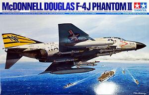 Tamiya-60306-McDonnell-Douglas-F-4-J-Phantom-II-1-32-scale-kit