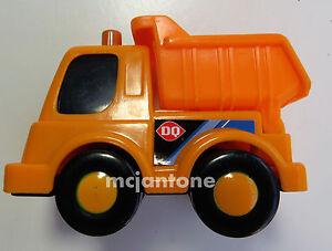 LOOSE-Dairy-Queen-2003-DQ-Builder-Buddies-ORANGE-DUMP-TRUCK-Vehicle-Cake-TOPPER