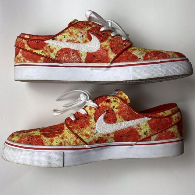 pizza nike sb