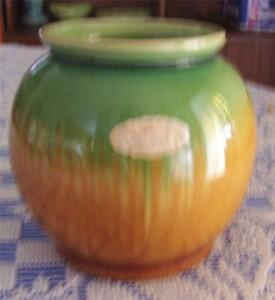 VINTAGE-WAVERLEY-WARE-BENDIGO-POTTERY-POT
