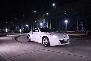 2011 Nissan 370Z base sport