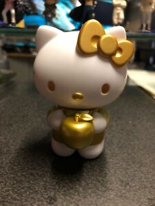 Sanrio Hello Kitty Figuarts Zero Bandai    ==