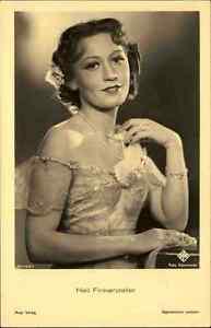 Schauspielerin-Kino-Buehne-Film-1940-Heli-Finkenzeller-Portraet-AK-Ross-Verlag