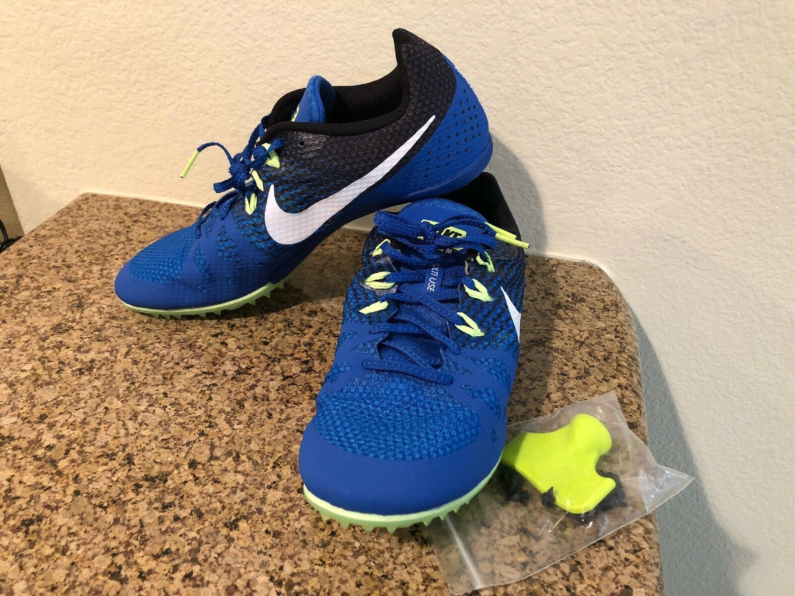 e3f2472eb4c82 Nike Zoom Rival M 8 Men s Track Field Sprint Sprint Sprint Spikes Shoes  806555 413 3892b9