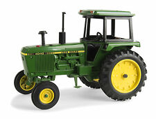 2016 ERTL 1:16 JOHN DEERE *MODEL 4040* Tractor w/Cab *NIB!*