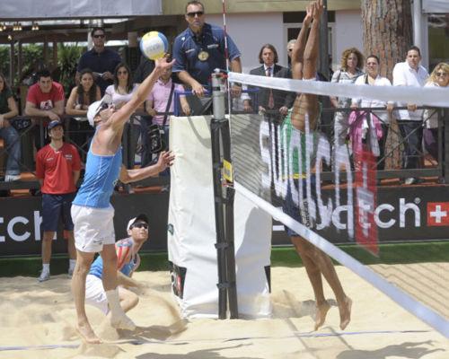IMPIANTO BEACH VOLLEY IN ACCIAIO A PERISCOPIO FIVB