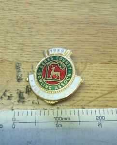 Berks-Country-Bowling-club-enamel-badge