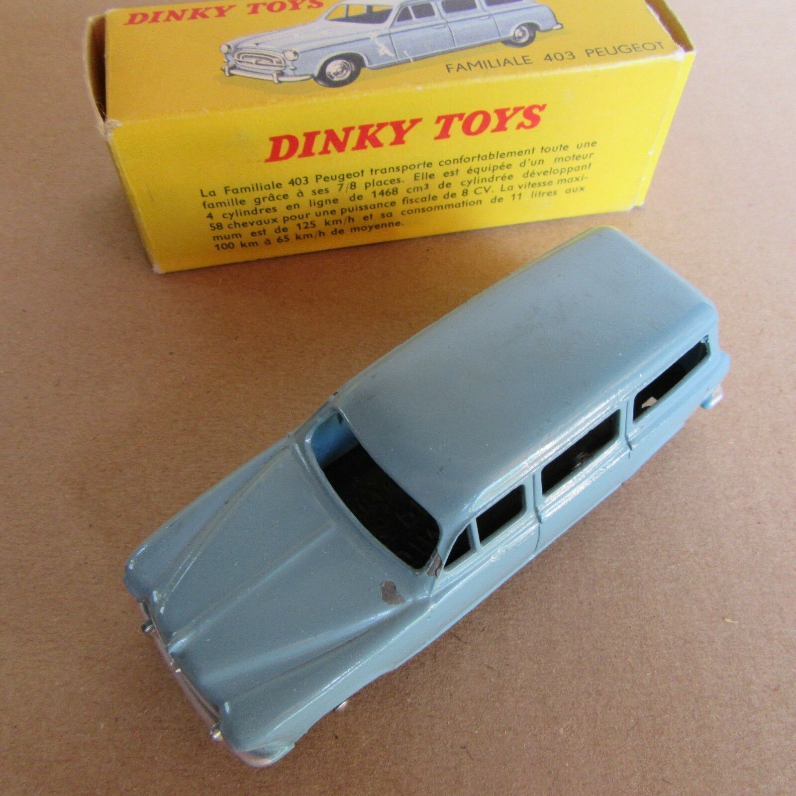 Joyeux noel VINTAGE DINKY DINKY DINKY 24F PEUGEOT 403 FAMILIALE U5 MECCANO 1/43 | Durable En Usage  | Exceptionnelle  | élégant  f911d3