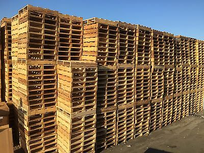 Wooden Pallets / Fire Wood / Kindling /  recycling