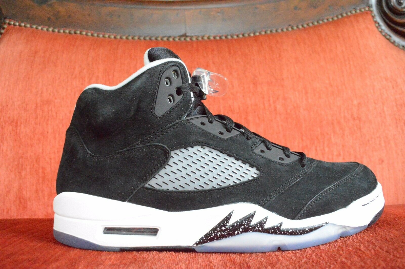 TRIED ON Nike Air Jordan V 5 Retro OREO BLACK WHITE WOLF COOL GREY 136027-035